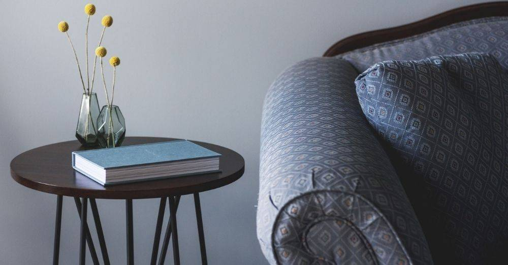 We've put together our choices for the 9 best Shopify furniture stores to inspire any small-scale manufacturers.