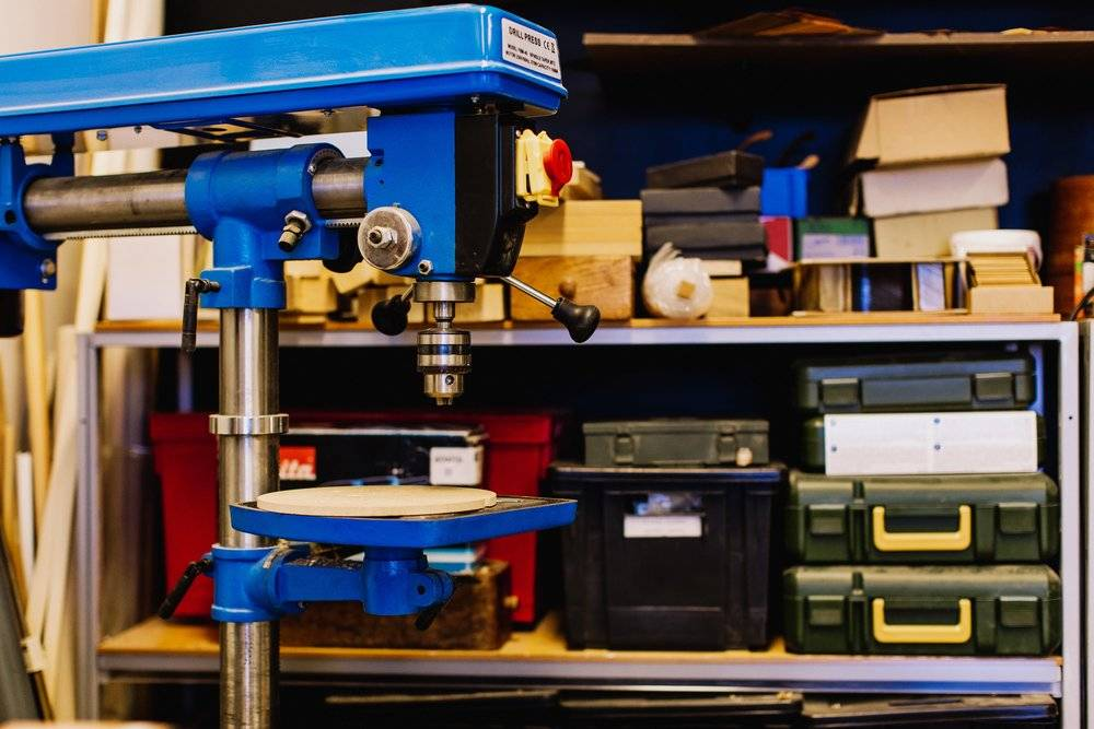 Routing Manufacturing allows you to set up production plans and workflows for your customizable products. If done correctly you'll know at what stage your item is at and which machine, tool, or work center it needs to travel to next.